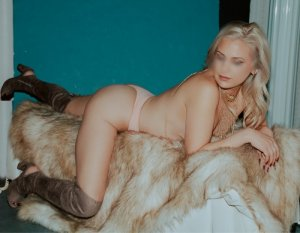 Caitline outcall escorts