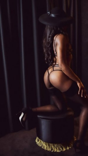 Henrina live escort in Garden City KS